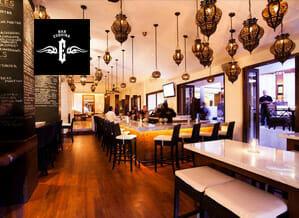 tendencia-el-arte-de-viajar-gastronomía-cabo-san-lucas-bar-esquina